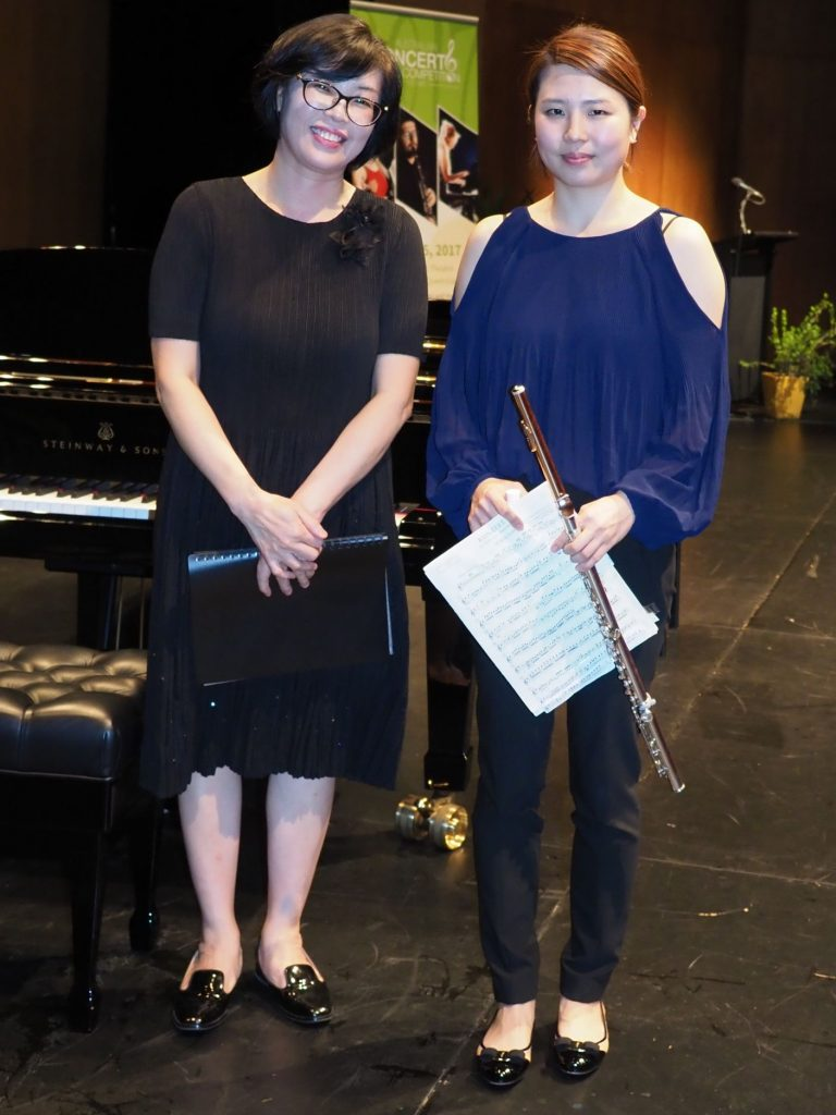 Hyun-Joo Lee, Molendinar with accompanist Helen Han